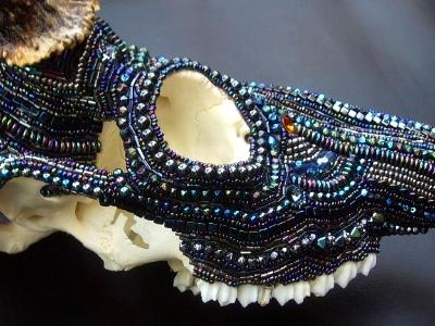 AB Beaded Deer Skull Right